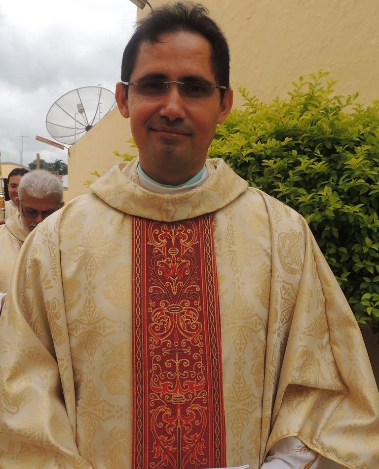 Pe. Arnaldo Pereira do Nascimento