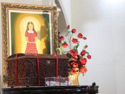 Cerimônia de lacração do relicário de Benigna Cardoso